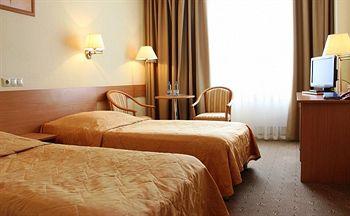 Отель «Бета»